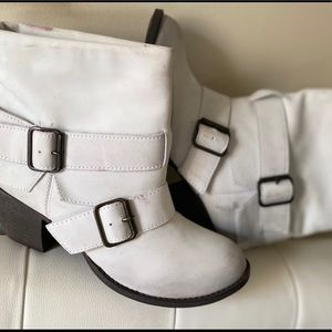 NEW!!! MIA Distressed ankle boots